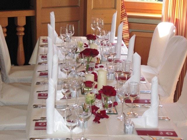 Landhotel hallnberg heiraten mit stil heiraten mit stil for Dekoration in rot